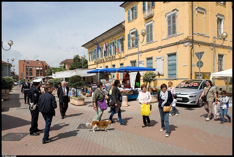 BORGARO - La Fiera delle Rose nel centro storico.
