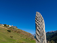 Menhir bei Guarda, Scuol, Unterengadin, Graubünden, Schweiz, Europa<br /> Menhir near Guarda, Scuol, Engadine, Grisons, Switzerland
