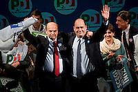 Roma, 22 Febbraio, 2013. Pier Luigi Bersani con Nicola Zingaretti alla chiusura della campagna elettorale al Teatro Jovinelli.