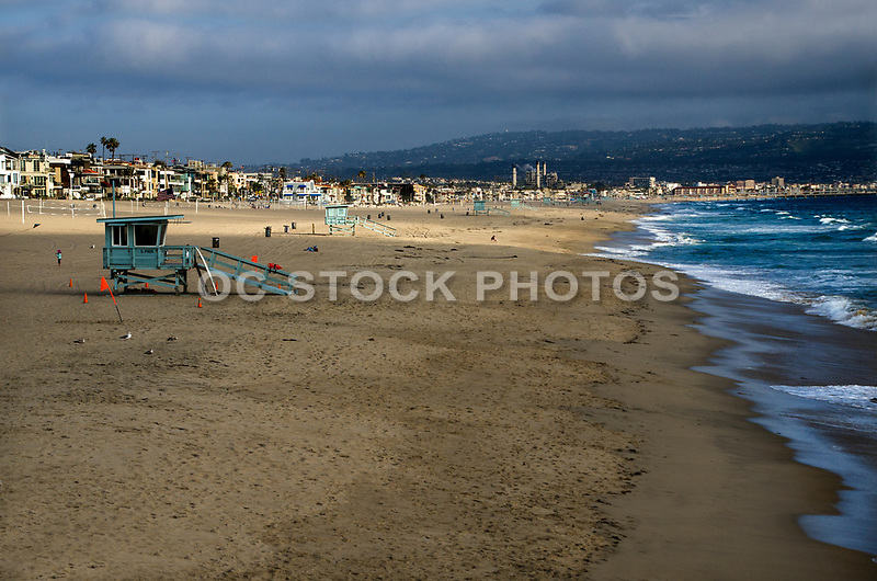 Manhattan Beach Shoreline Looking Towards Redondo Beach California