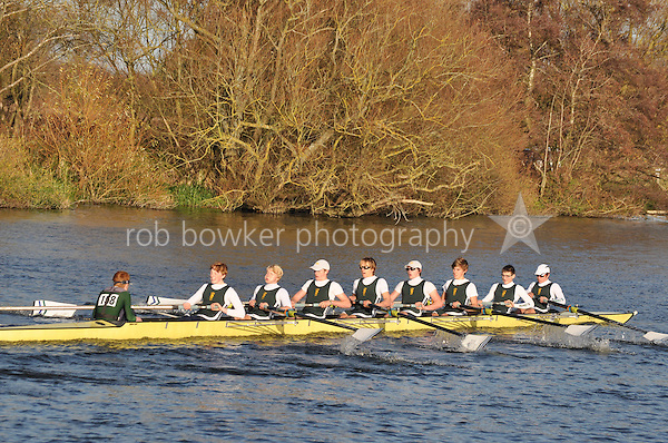 158 .KCH-Morrison .IM1.8+ .Kings Sch Chester. Wallingford Head of the River. Sunday 27 November 2011. 4250 metres upstream on the Thames from Moulsford railway bridge to Oxford University's Fleming Boathouse in Wallingford. Event run by Wallingford Rowing Club.
