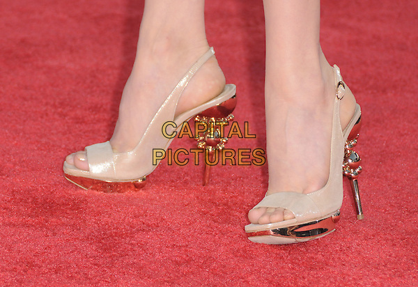 "AMY ADAMS' SHOES.The Dreamwork's L.A. Premiere of ""Tropic Thunder"" held at The Mann's Village Theatre in Westwood, California, USA..August 11th, 2008.feet beige gold heels sling back platform.CAP/DVS.©Debbie VanStory/Capital Pictures."