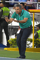 BARRANQUILLA- COLOMBIA -20 -02-2016: Guillermo Berrio, técnico de Deportivo Pasto, durante partido entre Atletico Junior y Deportivo Pasto, de la fecha 5 de la Liga Aguila I-2016, jugado en el estadio Metropolitano Roberto Melendez de la ciudad de Barranquilla. / Guillermo Berrio, coach of Deportivo Pasto, during a match between Atletico Junior and Deportivo Pasto, for date 5 of the Liga Aguila I-2016 at the Metropolitano Roberto Melendez Stadium in Barranquilla city, Photo: VizzorImage  / Alfonso Cervantes / Cont.