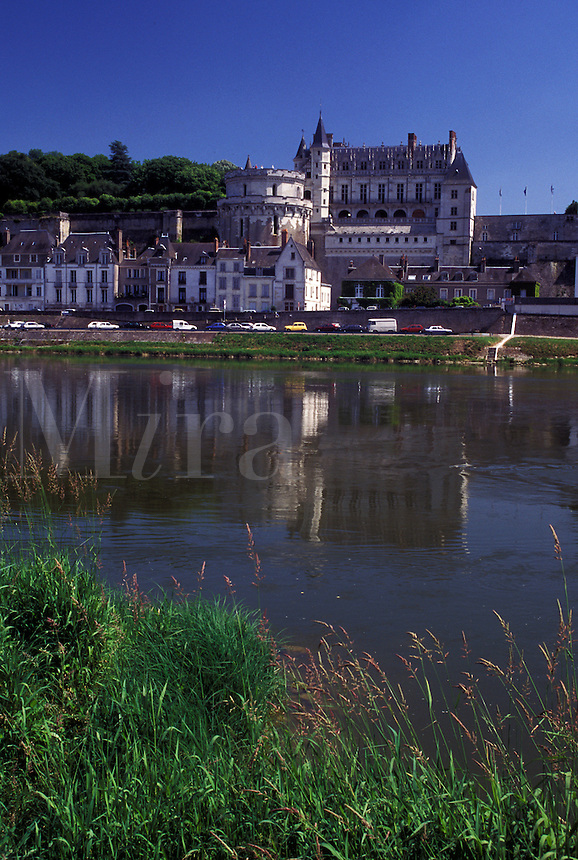 France, Loire Valley, castle, Amboise, Loire Castle Region, Indre-et-Loire, Europe, 15th century Chateau Amboise along the Loire River in the city of Amboise.