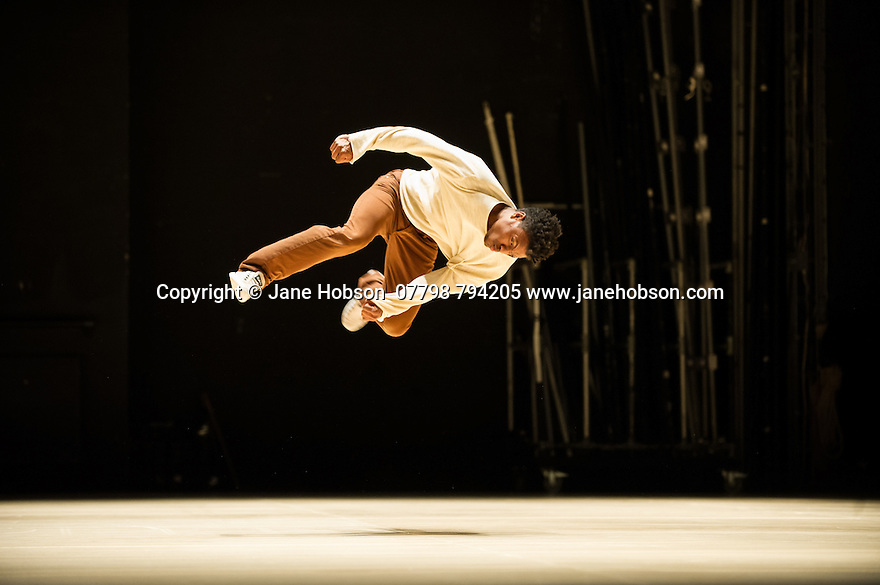 "London, UK. 02.06.2014. Bruno Beltrao's ""Grupo de Rua"" present CRACKz, as part of the LIFT festival, at Sadler's Wells. The company is: Ugo Alexandre, Sid Yon 'Olye' Sousa, Samuel Lima 'Bboy Chairspin', Joseph Antonio, Leonardo Galvao, Tito Lacerda, Renann Fontoura, Joao Chataignier, Amanda Gouveia, Filipe de Oliveira, Luiz Carlos Gadalha, Leonardo Ciriaco, Leandro Gomes Rodrigues 'Skillo'. Photograph © Jane Hobson."