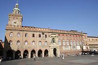 La facciata principale del Palazzo Comunale in Piazza Maggiore, Bologna.<br /> The main front of the Communal Palace in Piazza Maggiore, Bologna.<br /> UPDATE IMAGES PRESS/Riccardo De Luca