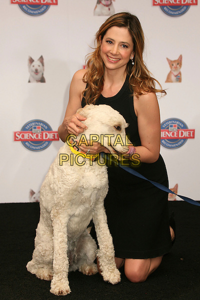 "MIRA SORVINO .Hill's Science Diet ""Second Chance for Love"" Campaign Press Conference at the 3rd Street Promenade, Santa Monica, California, USA..May 18th, 2007.full length dress kneeling black dog animal.CAP/ADM/BP.©Byron Purvis/AdMedia/Capital Pictures"