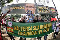 SÃO PAULO, SP, 01.05.2015 - DIA-TRABALHO - Festa do Dia do Trabalho no Vale do Anhagabaú no centro da cidade de São Paulo nesta sexta-feira, 01. (Foto: Vanessa Carvalho/Brazil Photo Press/Folhapress)