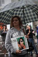 SAO PAULO, SP, 17 DE MARCO 2013 - Protesto contra o atropelamento do ciclista David Santos - Mãe do ciclista atropelado, Antônia Ferreira dos Santos comparece ao protesto contra o atropelamento do ciclista David Santos Sousa, que no último domingo (10) foi atropelado e teve o braço direito arrancado. Mãe de David Antônia Ferreira dos Santos.Local: Avenida Paulista  - Sao Paulo/SP .(FOTO: POLINE LYS / BRAZIL PHOTO PRESS).