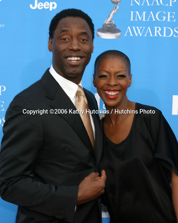 Isaiah Washington and wife.37th NAACP Image Awards.Shrine Auditorium.Los Angeles, CA.February 25, 2006.©2006 Kathy Hutchins / Hutchins Photo....