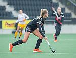 AMSTELVEEN - Lauren Stam (Adam)   tijdens de hoofdklasse hockeywedstrijd dames,  Amsterdam-Den Bosch.   COPYRIGHT KOEN SUYK
