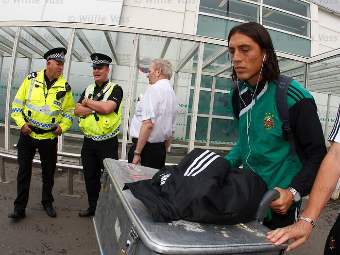 Rapid Vienna's Yasin Pehlivan arrives at Glasgow airport