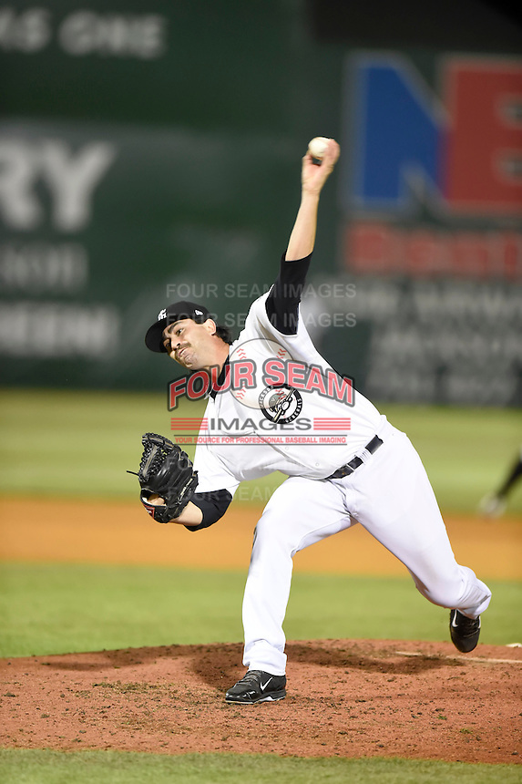 ***Temporary Unedited Reference File***Jackson Generals relief pitcher Kyle Hunter (16) during a game against the Jacksonville Suns on May 4, 2016 at The Ballpark at Jackson in Jackson, Tennessee.  Jackson defeated Jacksonville 11-6.  (Mike Janes/Four Seam Images)