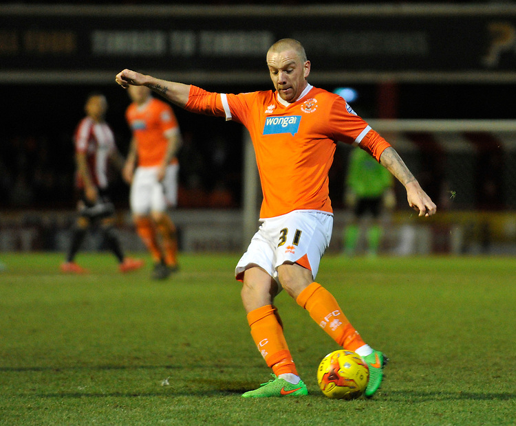 Blackpool's Jamie O'Hara fires in a shot<br /> <br /> Photographer Ashley Western/CameraSport<br /> <br /> Football - The Football League Sky Bet League One - Brentford v Blackpool - Tuesday 24th February 2015 - Griffin Park - London<br /> <br /> &copy; CameraSport - 43 Linden Ave. Countesthorpe. Leicester. England. LE8 5PG - Tel: +44 (0) 116 277 4147 - admin@camerasport.com - www.camerasport.com