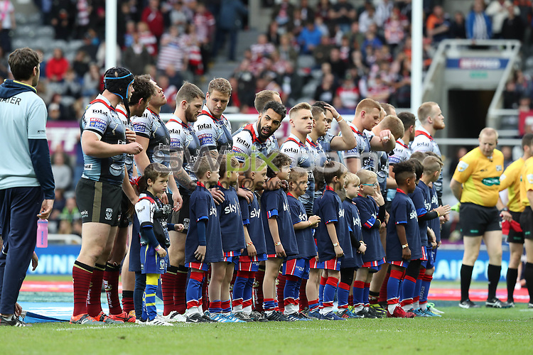 Picture by John Clifton/SWpix.com - 20/05/2017 - Rugby League - Dacia Magic Weekend - Hull FC v St Helens - St James' Park, Newcastle, England - <br />