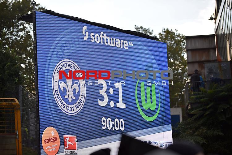 22.10.2016, Jonathan-Heimes-Stadion am Boellenfalltor, Darmstadt, GER, 1. FBL, SV Darmstadt 98 vs VfL Wolfsburg, im Bild: Endstand / Anzeigetafel / Anzeigentafel / Endergebnis / Feature / 3:1 / drei zu eins<br /> <br /> Foto &copy; nordphoto / Fabisch