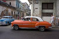 orange car / oldtimer in Havana Centro