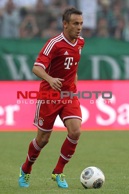 21.07.2013, Borussia Park, Moenchengladbach, GER, Telekom Cup 2013, Borussia M&ouml;nchengladbach vs FC Bayern M&uuml;nchen, im Bild<br /> Rafinha (Muenchen #13)<br /> <br /> Foto &copy; nph / Mueller