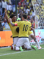 BARRANQUILLA - COLOMBIA -29-03-2016: Jugadores de Colombia, celebran el tercer gol anotado a Ecuador, durante partido entre los seleccionados de Colombia y Ecuador, por la fecha 6 para la clasificación sudamericana a la Copa Mundial de la FIFA Rusia 2018, jugado en el estadio Metropolitano Roberto Melendez en Barranquilla. / Players of Colombia, celebrate the third goal scored to Ecuador, during match between the teams of Colombia and Ecuador, for the date 6 for the Qualifier FIFA World Cup Russia 2018, played at Metropolitan stadium Roberto Melendez in Barranquilla. Photo: VizzorImage / Luis Ramirez / Staff.