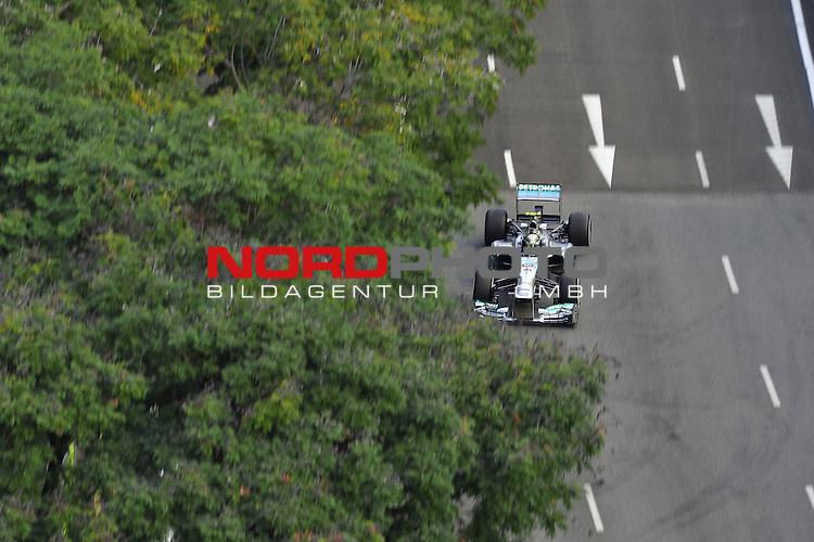 19.-22.09.2013, Marina-Bay-Street-Circuit, Singapur, SIN, F1, Grosser Preis von Singapur, Singapur, Lewis Hamilton (GBR), Mercedes GP <br />  Foto &copy; nph / Mathis