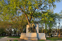 La Verendrye mounument in St. Boniface. On Tache Avenue across the St. Boniface Hospital<br /> Winnipeg<br /> Manitoba<br /> Canada