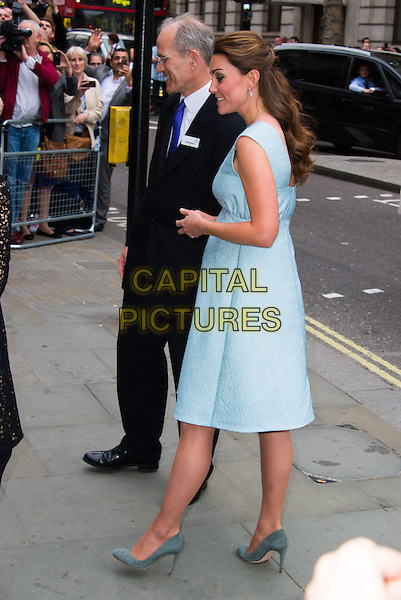 Catherine, Duchess of Cambridge, attends special reception to celebrate the work of charity The Art Room, which helps children experiencing emotional and behavioural difficulties. The Duchess is patron of the charity. National Portrait Gallery, St Martin's Place, London, England..April 24th, 2013.full length blue dress pregnant kate middleton royal royalty side profile sleeveless .CAP/BF.©Bob Fidgeon/Capital Pictures