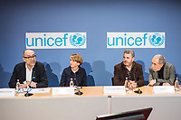 Preisverleihung &quot;UNICEF-Fotos des Jahres 2018&quot;.<br /> First Lady Elke Buedenbender, Schirmherrin von UNICEF Deutschland, zeichnete am Donnerstag den 20 Dezember 2018 in Berlin den Spanischen Fotografen Antonio Aragon Renuncio als Gewinner des &quot;UNICEF-Fotos des Jahres&quot; 2018 aus. <br /> Das Siegerfoto von Antonio Aragon Renuncio zeigt das Portrait eines kleinen Jungen mit Beinprotesen im &quot;Saint Louis Orione-Zentrum&quot; in Bombouaka, Togo. Das Zentrum ist Zuflucht fuer koerperlich oder geistig behinderte Kinder, welche von ihren Familien verstossen wurden.<br /> Im Bild vlnr: Peter-Matthias Gaede, Vorstandsmitglied UNICEF Deutschland; Elke Buedenbender, Schirmherrin von UNICEF Deutschland; Antonio Arag&oacute;n Renuncio, Preistr&auml;ger des &quot;UNICEF-Fotos des Jahres&quot; 2018 und der Fotograf und Dolmetscher Jose Giribas.<br /> 20.12.2018, Berlin<br /> Copyright: Christian-Ditsch.de<br /> [Inhaltsveraendernde Manipulation des Fotos nur nach ausdruecklicher Genehmigung des Fotografen. Vereinbarungen ueber Abtretung von Persoenlichkeitsrechten/Model Release der abgebildeten Person/Personen liegen nicht vor. NO MODEL RELEASE! Nur fuer Redaktionelle Zwecke. Don't publish without copyright Christian-Ditsch.de, Veroeffentlichung nur mit Fotografennennung, sowie gegen Honorar, MwSt. und Beleg. Konto: I N G - D i B a, IBAN DE58500105175400192269, BIC INGDDEFFXXX, Kontakt: post@christian-ditsch.de<br /> Bei der Bearbeitung der Dateiinformationen darf die Urheberkennzeichnung in den EXIF- und  IPTC-Daten nicht entfernt werden, diese sind in digitalen Medien nach &sect;95c UrhG rechtlich geschuetzt. Der Urhebervermerk wird gemaess &sect;13 UrhG verlangt.]