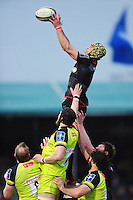 Kelly Brown of Saracens rises high to win lineout ball. Anglo-Welsh Cup match, between Saracens and Leicester Tigers on February 5, 2017 at Allianz Park in London, England. Photo by: Patrick Khachfe / JMP