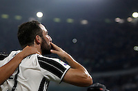 Calcio, Serie A: Juventus vs Fiorentina. Torino, Juventus Stadium, 20 agosto 2016.<br /> Juventus' Gonzalo Higuain celebrates after scoring the winning goal during the Italian Serie A football match between Juventus and Fiorentina at Turin's Juventus Stadium, 20 August 2016. Juventus won 2-1.<br /> UPDATE IMAGES PRESS/Isabella Bonotto