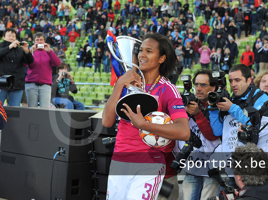 Uefa Women 's Champions League Final 2012 at Olympiastadion Munchen : Olympique Lyon -  FC Frankfurt : Wendie Renard..foto DAVID CATRY / JOKE VUYLSTEKE / Vrouwenteam.be