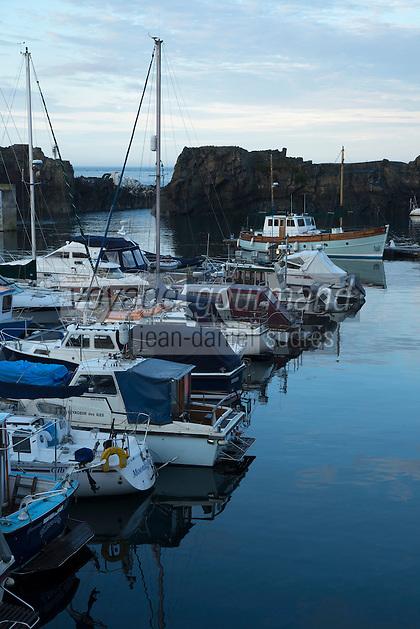 Royaume-Uni, îles Anglo-Normandes, île de Guernesey, Vale: Beaucette Marina// United Kingdom, Channel Islands, Guernsey island, Vale: Beaucette Marina