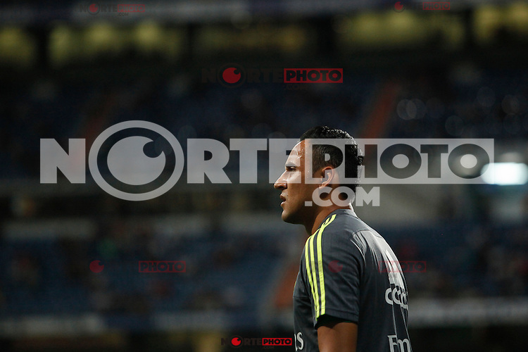 Real Madrid´s goalkeeper Keylor Navas during Santiago Bernabeu Trophy match at Santiago Bernabeu stadium in Madrid, Spain. August 18, 2015. (ALTERPHOTOS/Victor Blanco)