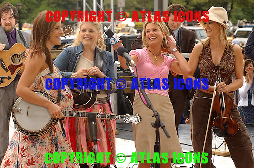 DIXIE CHICKS ; CBS's The Early Show.Photo Credit: Eddie Malluk/Atlas Icons.com