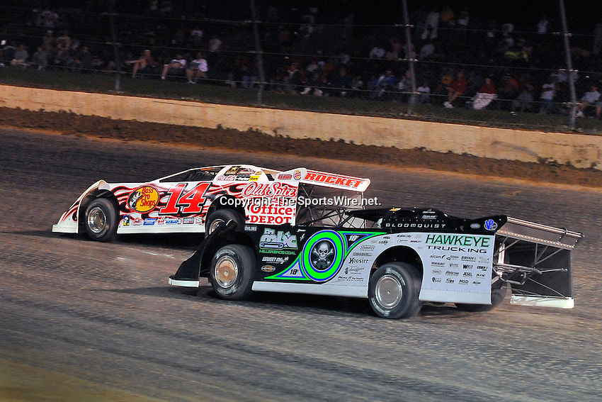 Jun 6, 2009; 11:14:32 PM; Rossburg, OH., USA; The running of the Dream XV  Dirt Late Models at the Eldora Speedway.  Mandatory Credit: (thesportswire.net)