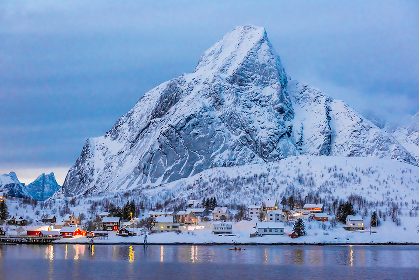 Norway-Lofoten Islands-Reine & Hamnoy