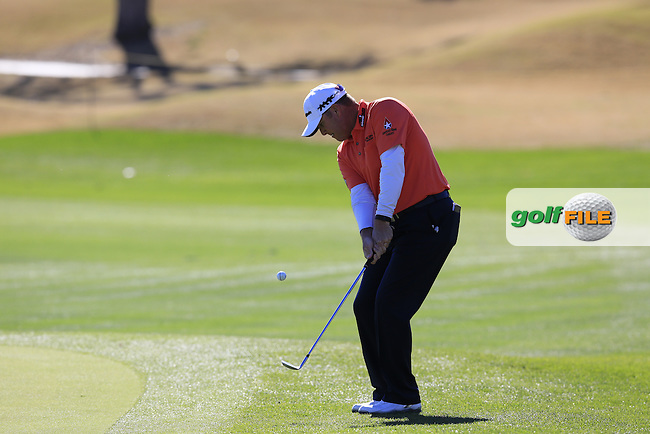 D.A. Points (USA) chips onto the 18th green during Saturday's Round 3 of the 2017 CareerBuilder Challenge held at PGA West, La Quinta, Palm Springs, California, USA.<br /> 21st January 2017.<br /> Picture: Eoin Clarke | Golffile<br /> <br /> <br /> All photos usage must carry mandatory copyright credit (&copy; Golffile | Eoin Clarke)
