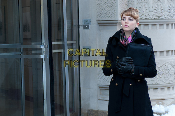 Ophelia Lovibond.in Mr. Popper's Penguins .*Filmstill - Editorial Use Only*.CAP/PLF.Supplied by Capital Pictures.