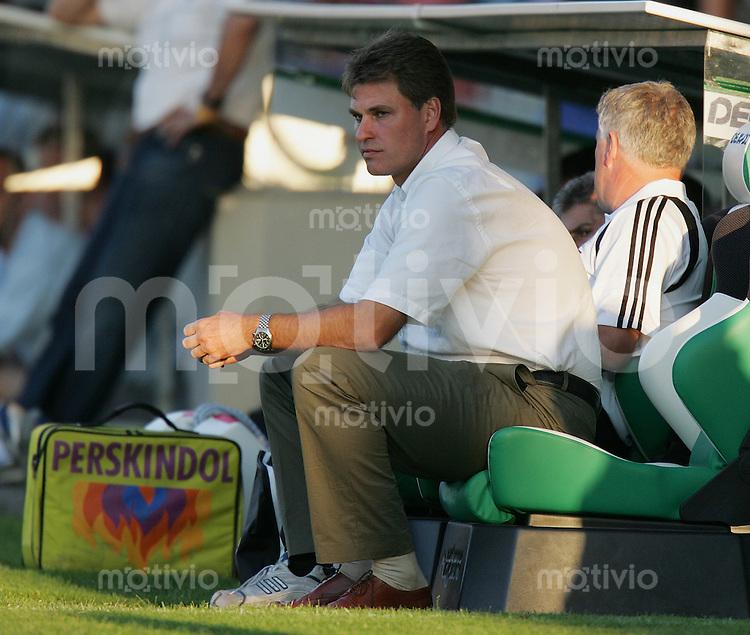 Fussball International Testspiel FC St. Gallen - Hertha BSC Berlin FC SG Trainer Ralf Loose