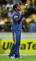 India's Ravindra Jadeja prepares to bowl during 2nd Twenty20 cricket match match between New Zealand Black Caps and West Indies at Westpac Stadium, Wellington, New Zealand on Friday, 27 February 2009. Photo: Dave Lintott / lintottphoto.co.nz
