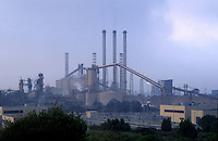 - chemical industrial area of Portoscuso-Portovesme (Sardinia)....- area industriale chimica di Portoscuso-Portovesme (Sardegna)