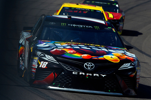 Monster Energy NASCAR Cup Series<br /> TicketGuardian 500<br /> ISM Raceway, Phoenix, AZ USA<br /> Sunday 11 March 2018<br /> Kyle Busch, Joe Gibbs Racing, Toyota Camry Skittles Sweet Heat<br /> World Copyright: Lesley Ann Miller<br /> LAT Images