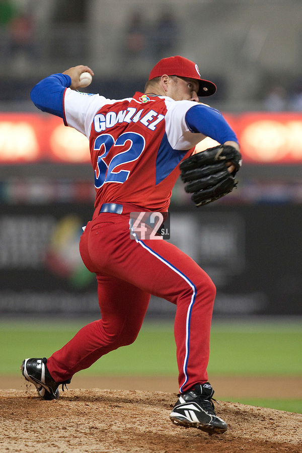 18 March 2009: #32 Norberto Gonzalez of Cuba pitches against Japan during the 2009 World Baseball Classic Pool 1 game 5 at Petco Park in San Diego, California, USA. Japan wins 5-0 over Cuba.