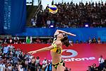 26.08.2017, Hamburg, Stadion Am Rothenbaum<br />Beachvolleyball, World Tour Finals<br /><br />Aufschlag / Service Kira Walkenhorst (#2 GER)<br /><br />  Foto © nordphoto / Kurth