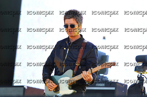 NOEL GALLAGHER - performing live with his band the High Flying Birds at the Lytham Festival in Lytham Green Lancashire UK - 04 Aug 2016.  Photo credit: Zaine Lewis/IconicPix