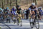 The peloton climb La Houppe during the 2019 E3 Harelbeke Binck Bank Classic 2019 running 203.9km from Harelbeke to Harelbeke, Belgium. 29th March 2019.<br /> Picture: Eoin Clarke | Cyclefile<br /> <br /> All photos usage must carry mandatory copyright credit (© Cyclefile | Eoin Clarke)