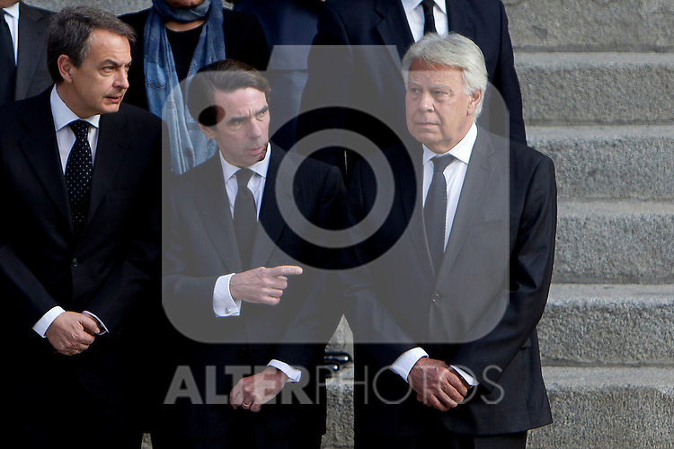 Ex Prime Ministers, Jose Luis Rodriguez Zapatero, Jose Maria Aznar and Felipe Gonzalez  await the arrival of the coffin before the funeral chapel in honor of Prime Minister Adolfo Suarez in the Congress of Deputies in Madrid, Spain. March 24, 2014. (ALTERPHOTOS/Caro Marin)