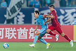 Shanghai FC Forward Elkeson De Oliveira Cardoso (R) fights for the ball with Jiangsu FC Defender Hong Jeongho (L) during the AFC Champions League 2017 Round of 16 match between Jiangsu FC (CHN) vs Shanghai SIPG FC (CHN) at the Nanjing Olympic Stadium on 31 May 2017 in Nanjing, China. Photo by Marcio Rodrigo Machado / Power Sport Images
