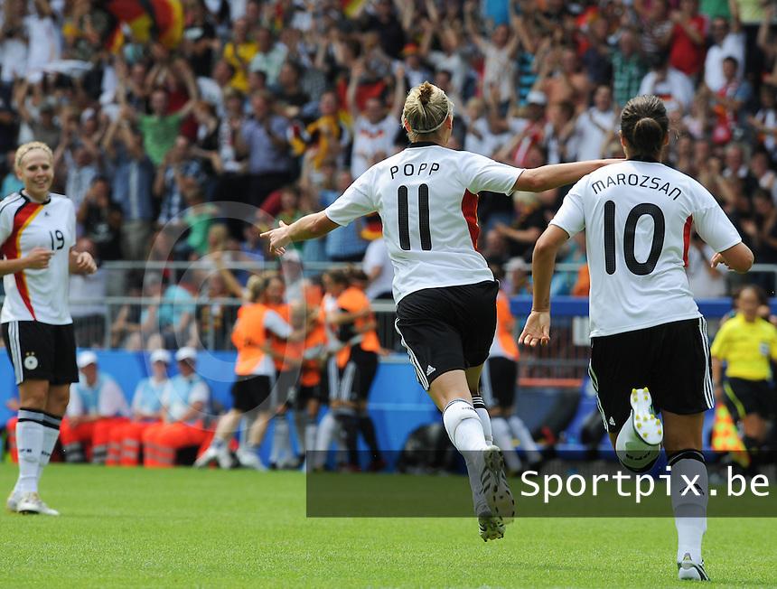 Germany - Nigeria : Alexandra Popp scoort de 1-0 voor Duitsland<br /> foto David Catry / nikonpro.be