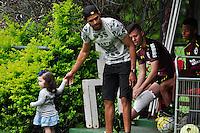 SÃO PAULO, SP, 18.11.2016 – FUTEBOL-SAO PAULO -  O ex jogador do São Paulo Alan Kardec visita o CT da Barra Funda, na zona oeste da capital, na manhã desta sexta - feira (18).(Foto: Renato Gizzi/Brazil Photo Press)