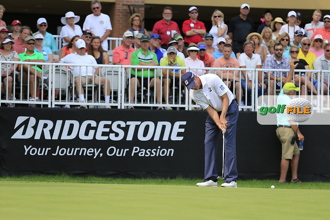 Matt KUCHAR (USA) takes his putt on the 9th green during Friday's Round 2 of the WGC Bridgestone Invitational, held at the Firestone Country Club, Akron, Ohio.: Picture Eoin Clarke, www.golffile.ie: 1st August 2014